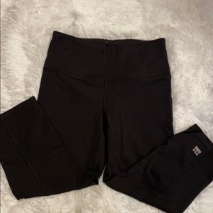 Women's Victoria Secret Sport Cropped Leggings